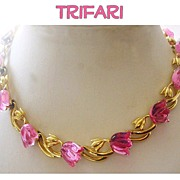 SOLD Vintage Trifari Necklace Lucite Tulips Pink Moonglow Thermoset