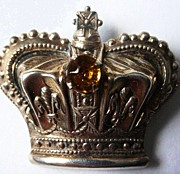 Vintage Sterling Silver Vermeil Crown Brooch