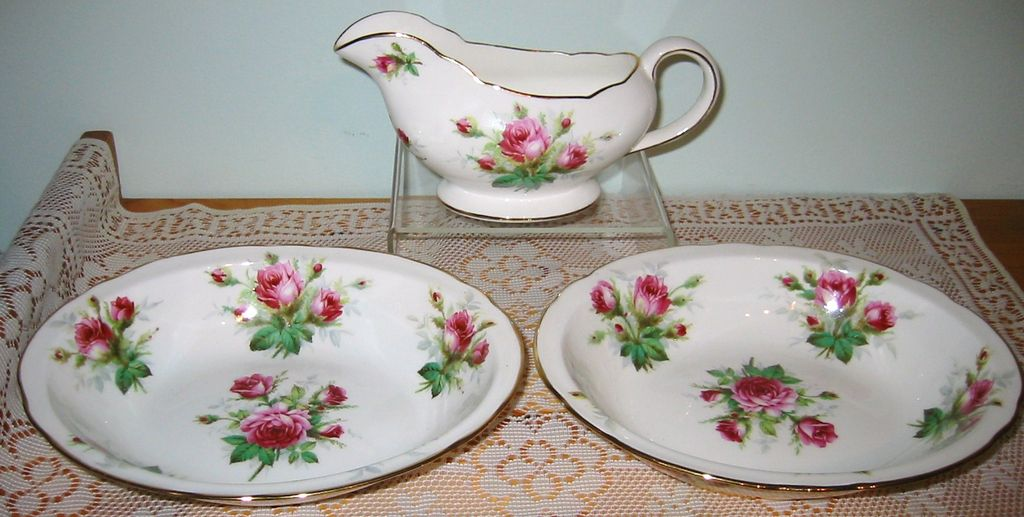 Hammersley - Grandmother's Rose - Serving Bowls & Gravy Boat