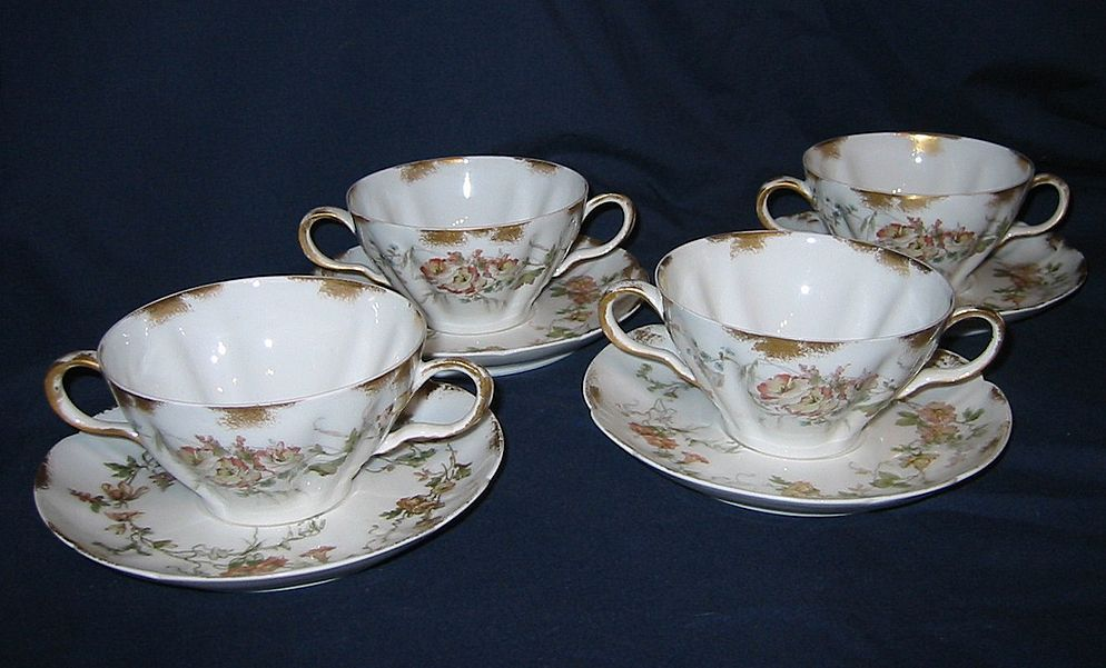 Haviland & Co. (Limoges) - Floral Bouillon Cups