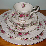 Royal Albert - Lavender Rose - Place Setting (5pc)