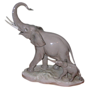 Lladro - Elephant with Baby - Large Figurine