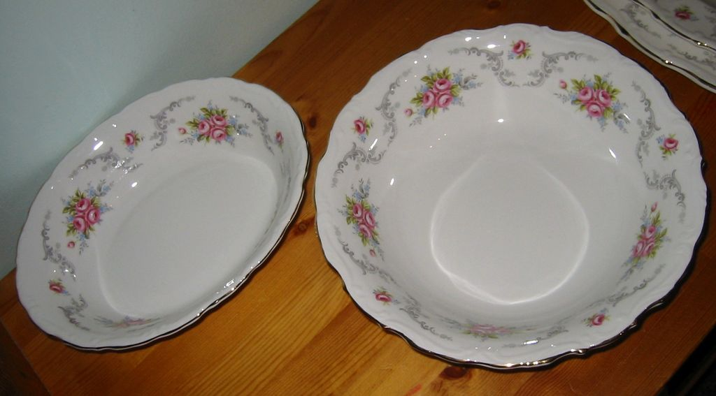 Royal Albert - Tranquillity - Serving Bowls (2)