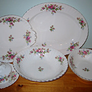 Royal Albert - Moss Rose - Platters, Bowls & Butter (6pcs)