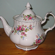 Royal Albert - Moss Rose - Large Teapot