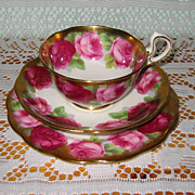 Royal Albert - Old English Rose - Teacup Trio