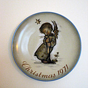 1971 Hummel �Angel with Candle� Christmas Plate � Limited First Edition