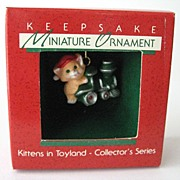 KITTENS IN TOYLAND, a Miniature Hallmark Ornament � Miniature Toyland Series (1988)