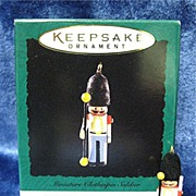 BRITISH SOLDIER Clothespin Soldier, a Hallmark Miniature ornament - 1995