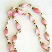 Powder Pink & White Glass Beads Necklace