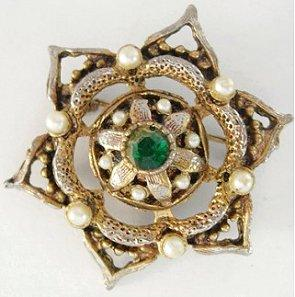 Victorian Revival Star Brooch Green RS Faux Pearls