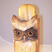Cunning Vintage Hand Carved Hoot Owl Brush Holder - English