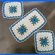 Lovely 1940s Knit Square DOILY Set~Blue Cornflowers!