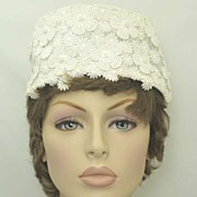 Lovely 1950s Princess-Style Crown Bridal Hat~Appliqued Pearl Tipped Flower Embellishments!