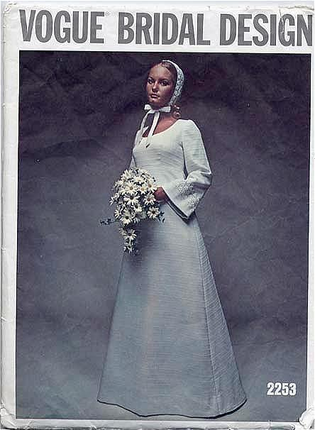 Vogue Bridal Design #2253 Scandinavian-Style Bridal Gown-Size 14/36