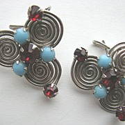 Hypnotic Red Rhinestones & Turquoise Glass Wingbacks Earrings!
