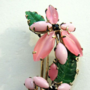 Charming SCHREINER Pink Flowers Trembler Pin!