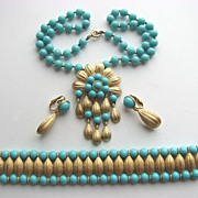 SOLD Marvelous Crown TRIFARI Parure in Turquoise & Gold!
