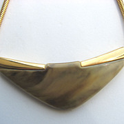 TRIFARI 1970s Marbled Carmel Lucite Chunky Necklace!