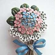 Lovely TRIFARI Enameled Bouquet Posy of Flowers Fur Clip!