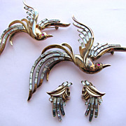 Crown TRIFARI Bird Pins with Earrings