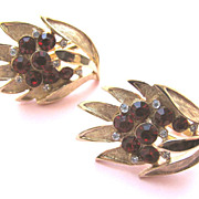 TRIFARI Earrings Leaves & Red Rhinestones