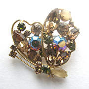 REGENCY Jewels Rhinestones Butterfly Pin