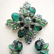 JULIANA (D & E) Molded Emerald Green Leaves & Cabochons Pin & Earrings
