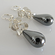 GORGEOUS & DAZZLING ! Hematite Teardrop - Swarovski Crystal - Dangle Earrings