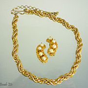Vintage Signed 'Hobe' Heavy Gold Chain
