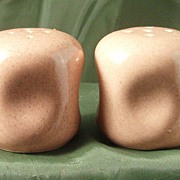 Russel Wright American Modern Coral Salt & Pepper Shakers