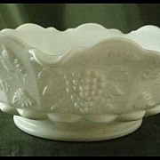 Westmoreland Paneled Grape Milk Glass Round Lipped Bowl
