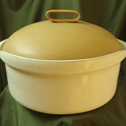 Bennington Pottery White & Gold #1620 Casserole