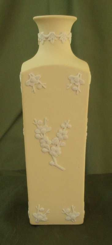 Wedgwood Primrose Yellow Jasper Ware Square Bottle Vase