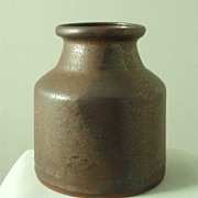 Rickard Dubourg Metallic Brown Pot