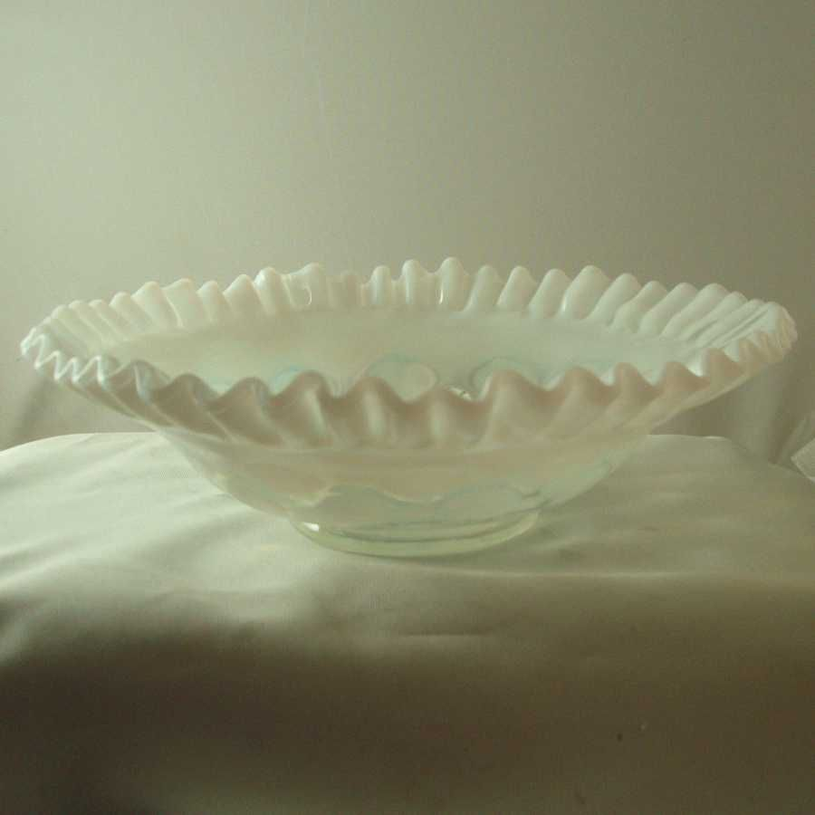 Fenton French Opalescent Dot Optic Bowl