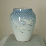 Big & Grondahl for the Danbury Mint Seagull Vase