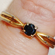 REDUCED RARE Vintage Signed Avon Genuine Blue Sapphire 18KHGE Ring ~ Size 6
