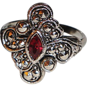 "REDUCED Signed Avon 1994 ""Faux Marcasite Filigree"" Ring ~ Size 10 ~ faux ruby stone"