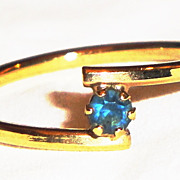 REDUCED Vintage Signed Avon 1979 �Birthstone Accent Stackable Ring� ~ Size 6 ~ Sapphire  for S