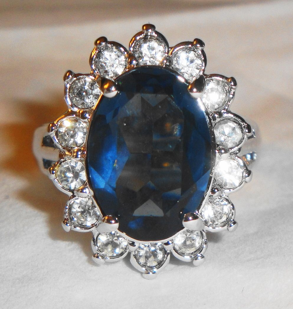 "* Vintage Avon 1987 ""Regal Style Ring"" ~ Size 8 ~ faux sapphire surrounded by crystals set in silver-tone"