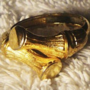 SALE Vintage Signed Avon �Bamboo Ring� ~ Size 11 ~ shiny and textured gold-tone bamboo