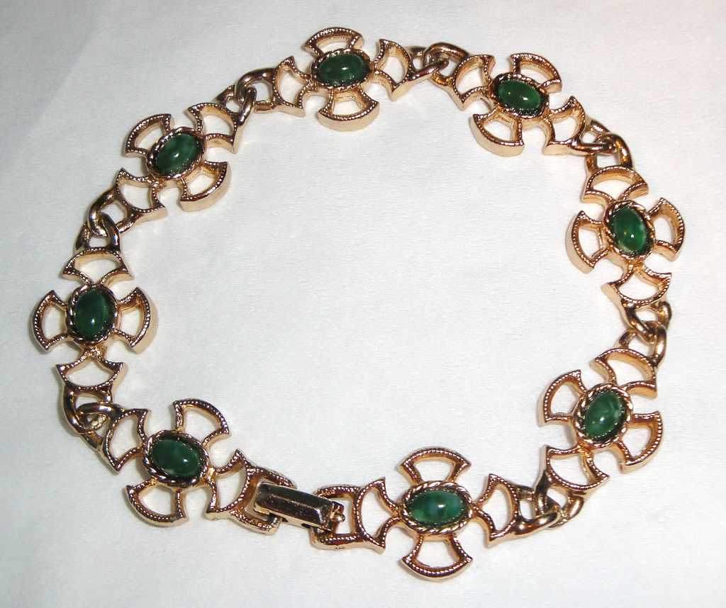 "Vintage Avon ""Baroness Collection"" Bracelet with simulated Jade cabochons in gold-tone flower design"