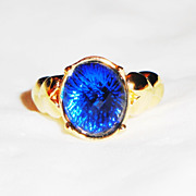 Large Multi-Faceted Prong-Set Sapphire Gold-tone Ring ~ Size 6-7