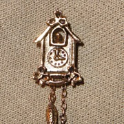 Vintage Signed Avon 1981 �Cute Cuckoo� Pin ~ antiqued gold with dangling weights