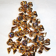 REDUCED Signed Avon 1992 Mint Christmas Tree Pin ~ Made of Bows and Aurora Borealis Rhinesto