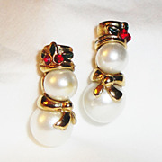 "SALE BOOK PIECE Avon's 1998 ""Snowman Clip Earrings"" ~ faux pearl stud snowman with g"