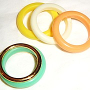 "SOLD Vintage Signed Avon ""Color Go Round"" Rings ~ Size 6 ~ has pastels in yellow, wh"