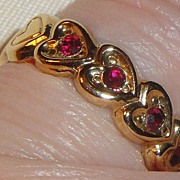 SALE Signed Avon 1992 �Heart to Heart Band� Ring ~ Size 6-7 ~ heart touching heart around the
