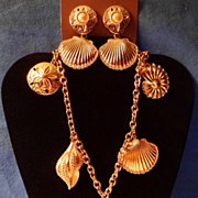 SALE Kenneth Jay Lane's Avon 1992 �Royal Sea Collection� ~ Gold-tone Sea Shell Motif necklace